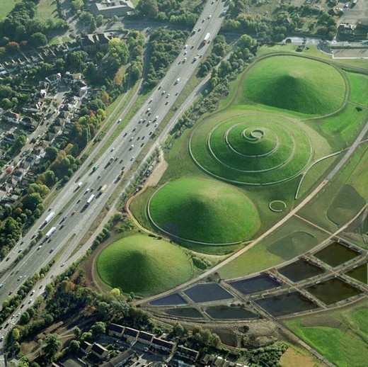 Northala Fields (London) created by artist Peter FINK and landscape architect Igor MARKO