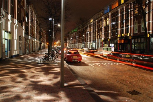 Rudolf TEUNISSEN, Broken Light (2011). Atjehstraat Rotterdam (The Netherlands)